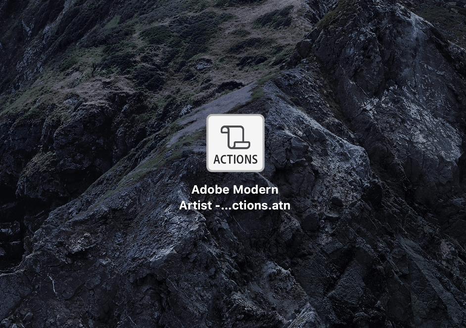 アクション素材(.atnファイル)がダウンロードされる