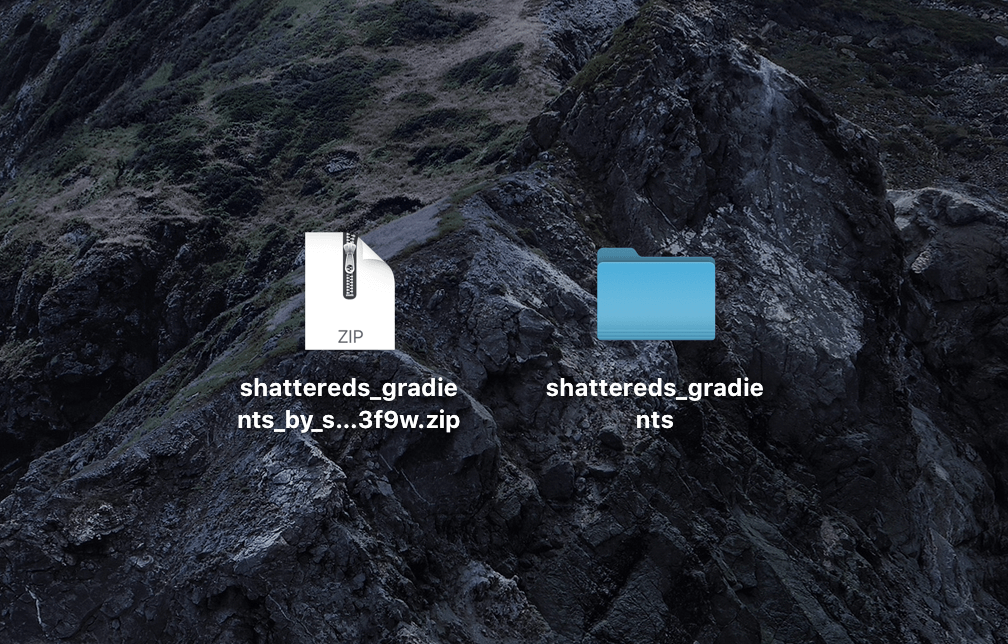 『shattereds_gradients_by_shattereddesigns07_d143f9w.zip』ダウンロード