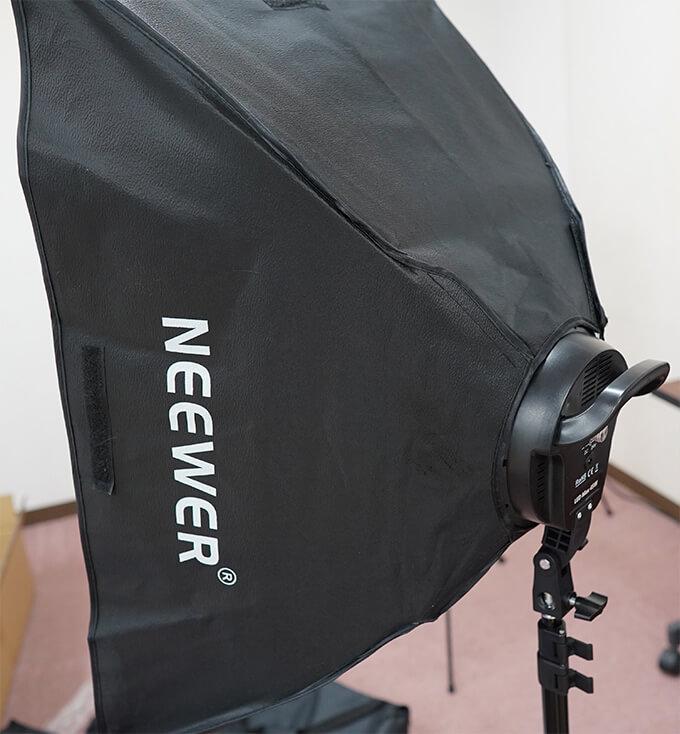 Neewer ニューワー ソフトボックス  LED ライト 照明キット スタンド 装着
