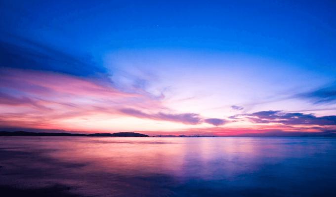 Adobe Lightroom Free Preset Sunrise .xmp .lrtemplate 無料 フリー サンライズ 日の出 光 Cool Light