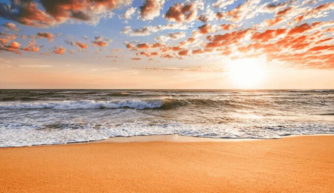 Adobe Lightroom Free Preset Sunrise .xmp .lrtemplate 無料 フリー サンライズ 日の出 光 Warm Light